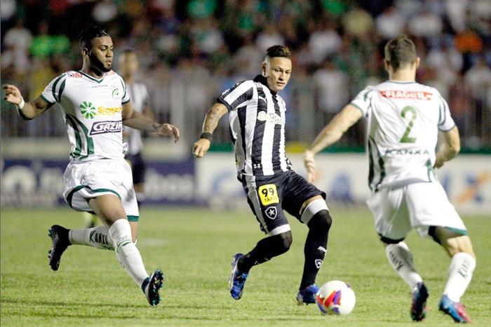 Luverdense x Botafogo Brasileiro Série B setembro 2015 em Lucas do Rio  Verde- 2 (Vitor Silva) 2cc72510bbf59
