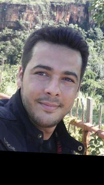Adriano Silva Koch morte acidente moto colide em arvore em Sorriso – abril 2016 (arquivo pessoal)