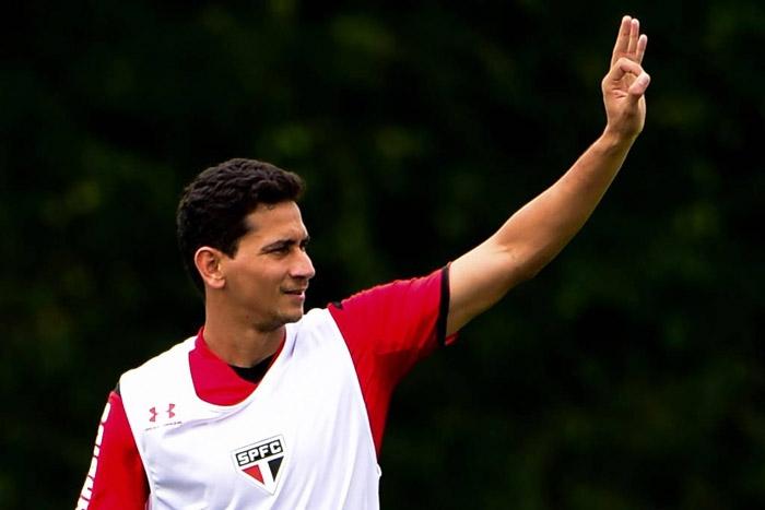 Ganso no São Paulo (Gazeta Press Djalma Vassão). O Fluminense anunciou em  seus redes sociais a contratação ... 79b33b189e01c