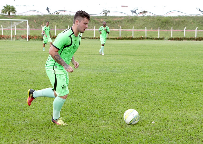 Jean Chera é contratado por equipe de futebol virtual da Argentina ... 67aaeba5abfce