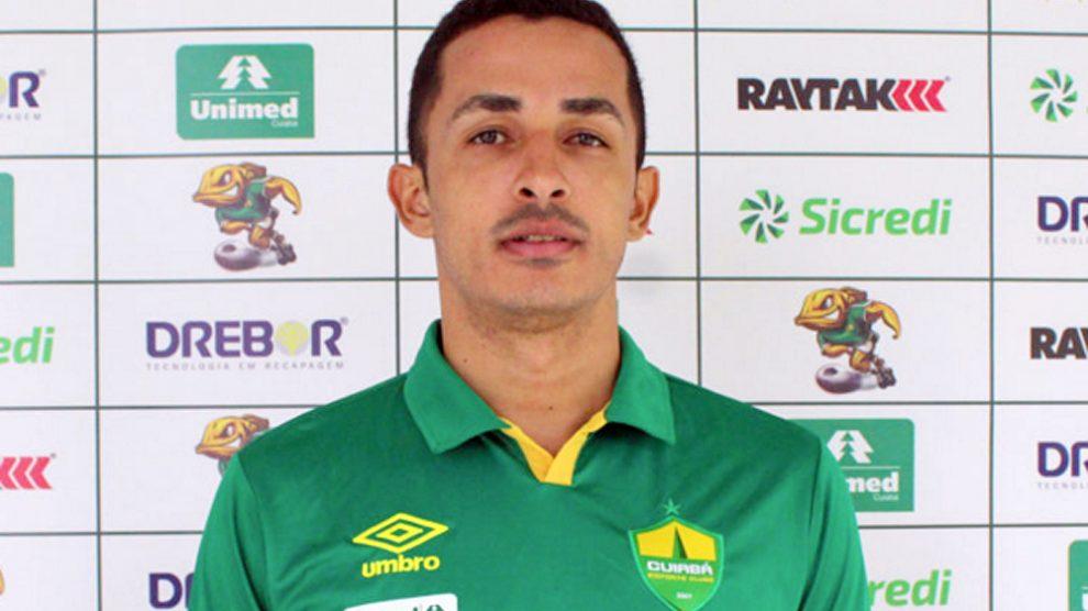 A rescisão do seu contrato foi publicada no Boletim Informativo Diário  (Bid) da Confederação Brasileira de Futebol (CBF) 81f4872384c57