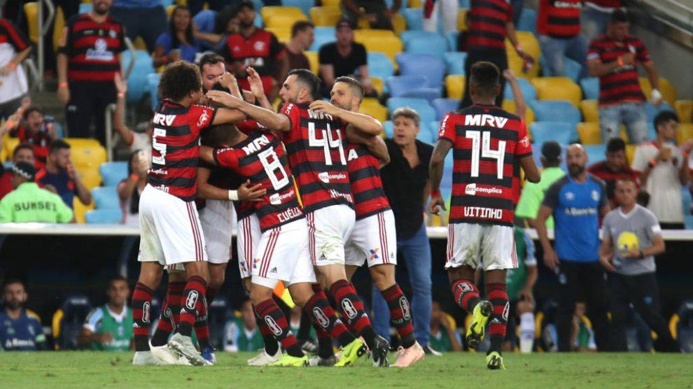 d356449e67 Flamengo vence Cruzeiro no Mineirão e garante o segundo lugar – Só ...