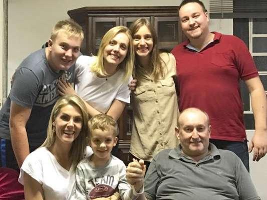 b2e721bde último dia de janeiro foi triste para Ana Hickmann e família: João Hickmann,  pai da apresentadora, morreu na última quinta-feira (31) por conta de ...