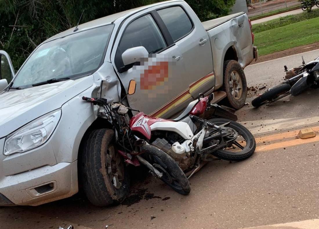 Acidente entre motos e veículos na BR-163 em Sinop deixa três feridos - Só Notícias