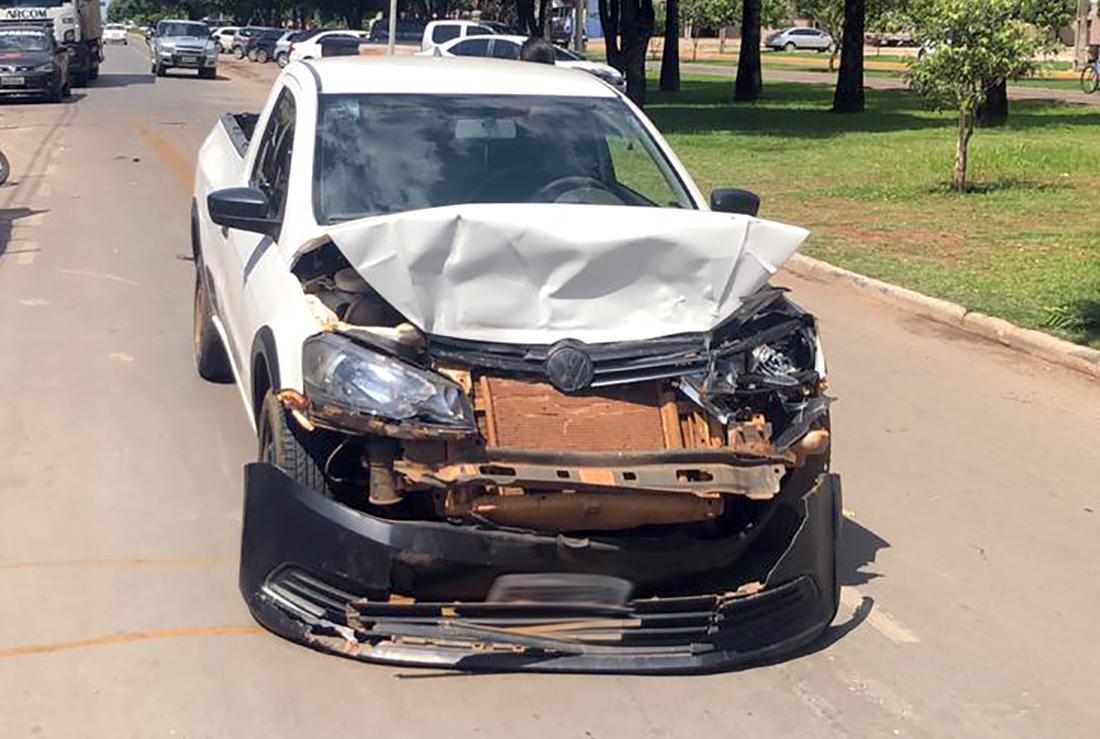 Veículos ficam danificados em colisão em Nova Mutum - Só Notícias